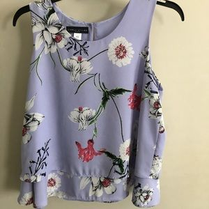 Sleeveless Flower Top Size Small